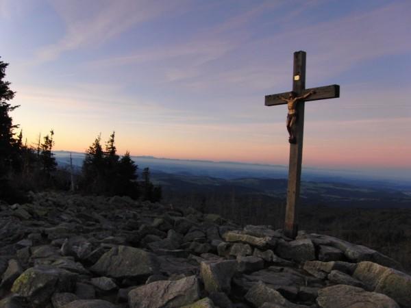 Himmlisch, göttlich, einzigartig: Bei diesem Anblick vom Gipfel des Lusen sind Superlative angebracht. Fotos. Daniel Eder