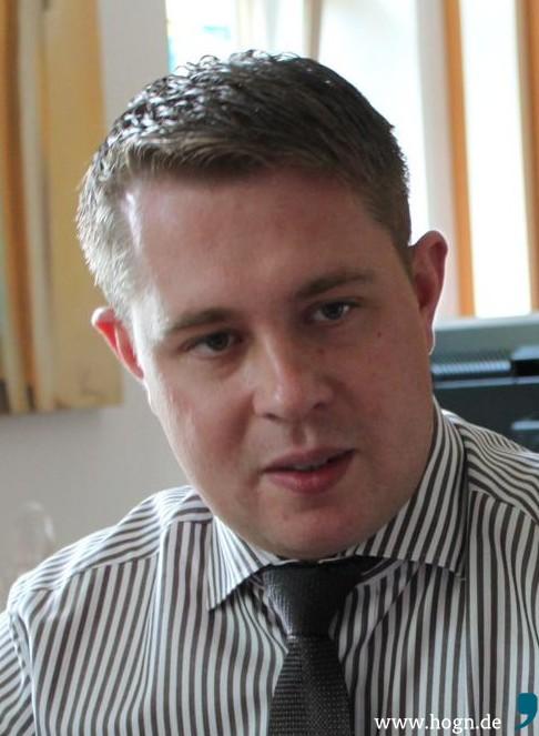 Regens Landrat Michael Adam gab offen zu, bei der Bundestagswahl mit der Zweitstimme die CSU gewählt zu haben.