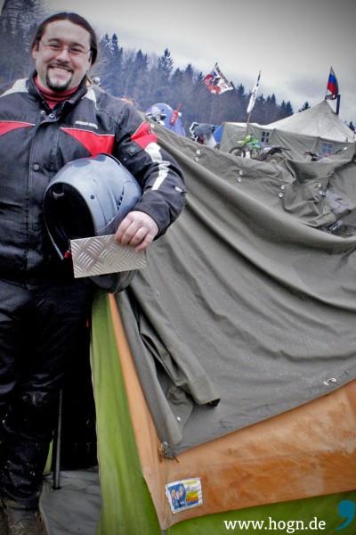 Stefan aus Ingolstadt ist gerüstet für niederbayerisches Sauwetter
