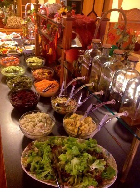 Riesensalatbuffet im Landhotel Koller in Ringelai