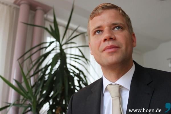 Umzug innerhalb der Kreisstadt Freyung? Der neu gewählte Bezirkstagspräsident Dr. Olaf Heinrich.