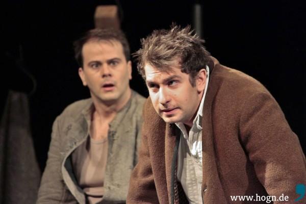 Wandelbar ist Markus Weitschacher (rechts): Er spielt insgesamt elf Rollen.