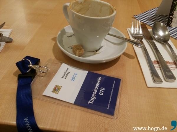 Zeit für einen Kaffee: Dier erste Sitzung von Max Gibis findet hinter verschlossenen Türen statt.