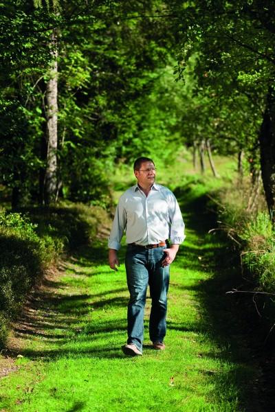 """""""Wir finden, dass Holz in seiner ursprünglichen Beschaffenheit am schönsten ist"""", sagt Firmenchef Gerhard Wimmer"""
