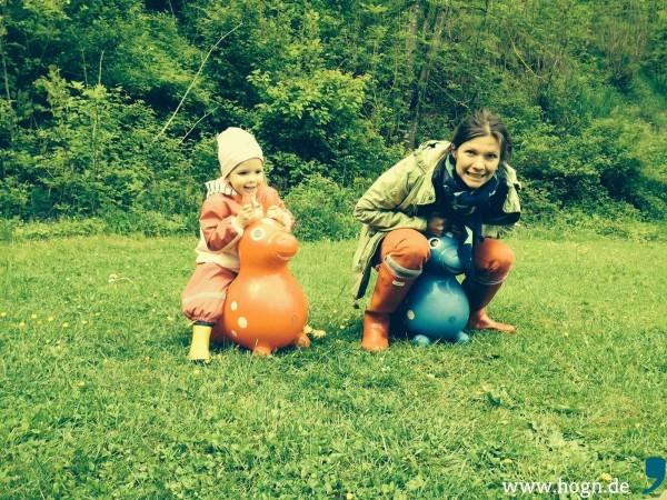 Ines und ihre Tochter Louisa.