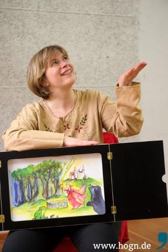 Märchenerzählerin Barbara Greiner-Burket wird nicht nur die Jüngsten in den Bann ziehen. Foto: WoidWejd