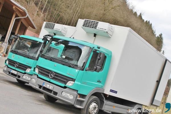 Mit eigenen Transportern werden die Tiere vom Landwirt zum Schlachthof gefahren - und vom Schlachthof zur Weiterverarbeitung nach Ohbruck.