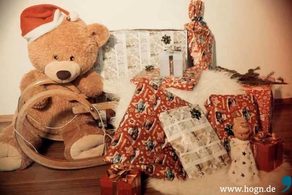 Weihnachten_Geschenke-Paket (1)