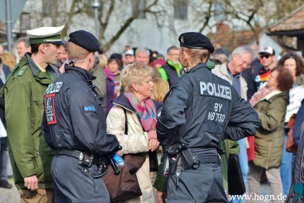 A_Nazi-Demo Arnbruck (14)