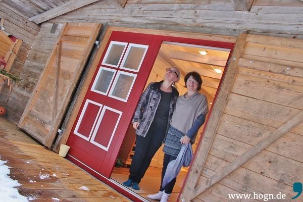 Christine Weinberger-Loos und Eva Kempinger empfangen die Waldkurgäste in heimeliger Atmosphäre.