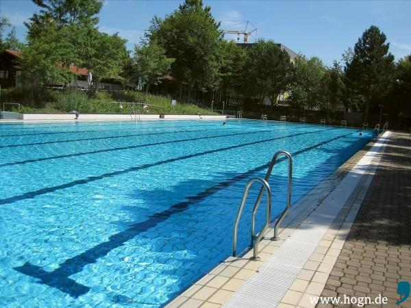 schwimmbad_schöllnach_foto_bini_katz (3)