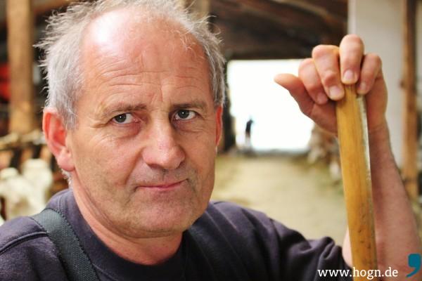 Besorgter Blick: Hans Döringer sieht schwierige Zeiten auf die Landwirte zukommen.