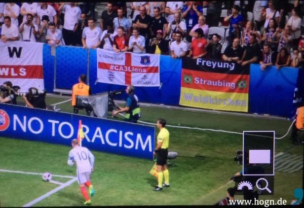 Außerdem darfst Du auch nicht die zuletzt schönen und fröhlichen Ereignisse vergessen. Denk doch an die Fußball-Europameisterschaft zurück. Da hat das Sicherheitssystem doch lückenlos funktioniert.