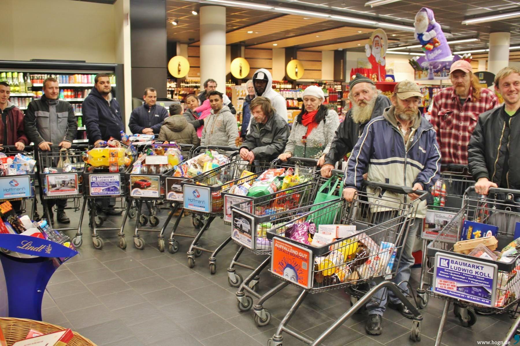 Gratis-Weihnachtseinkauf: Freyung hilft e.V. denkt an bedürftige ...